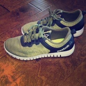 Men's reebok shoes size: 10